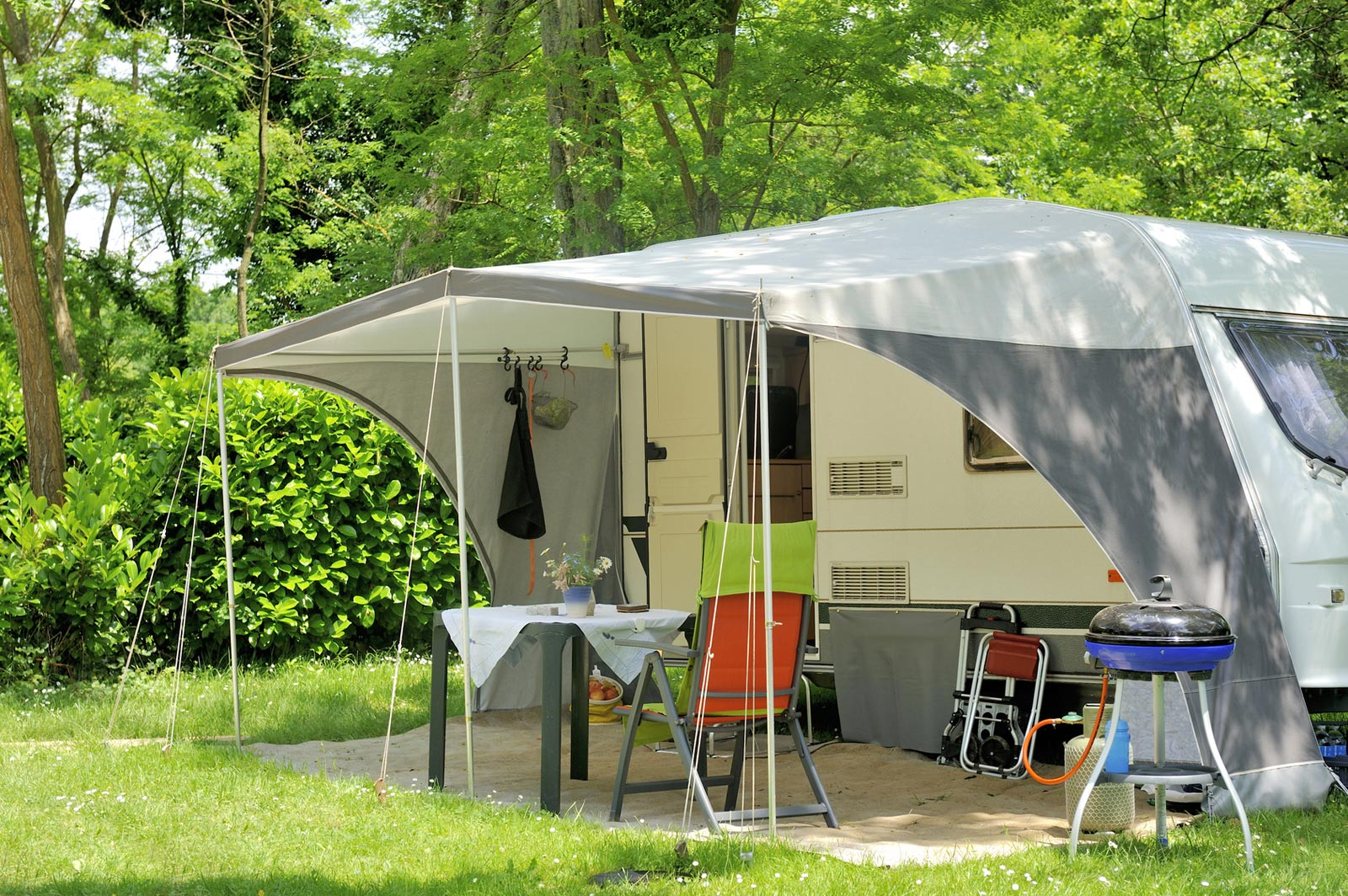 CAMPING LES FORGES ***